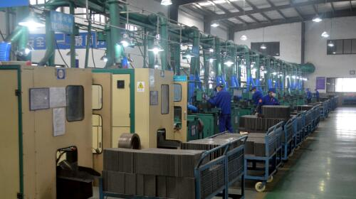 Generous technical transformation fruit, the preparation of automated production lines running successfully
